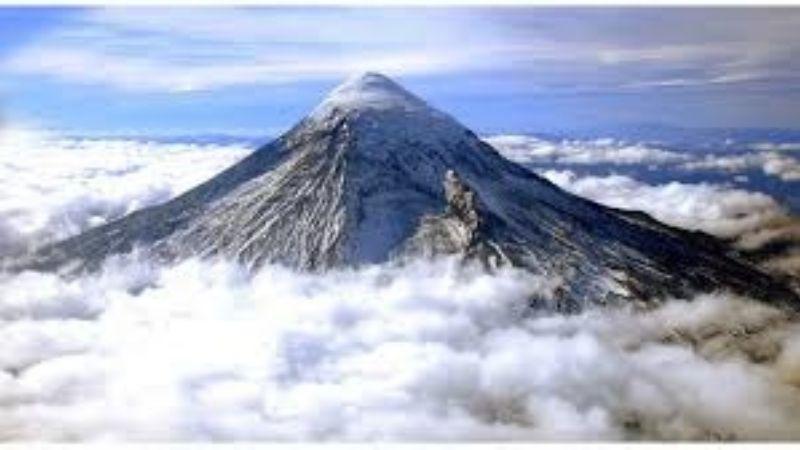 El Lanín, cerrado por posibilidad de avalanchas