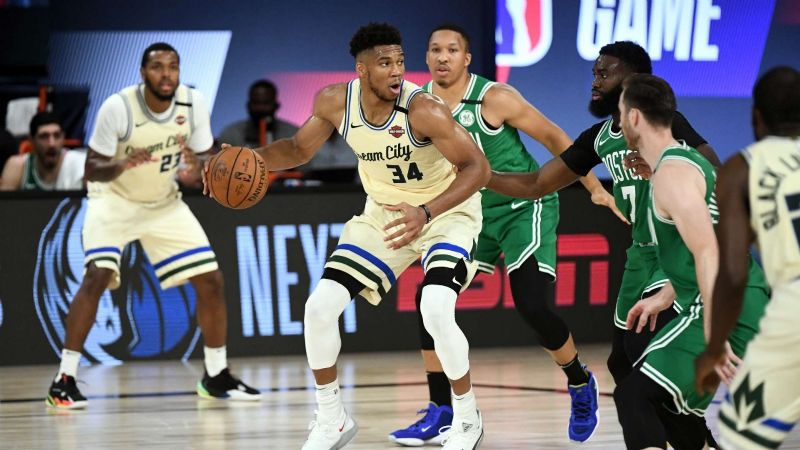 Los Bucks vencieron a Boston y se escapan