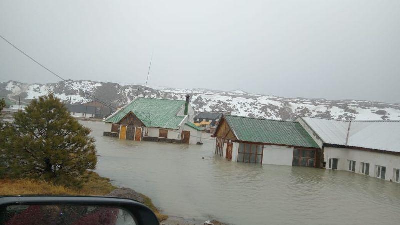 Inesperado: Se inundó Copahue